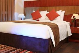 76591_006_Guestroom