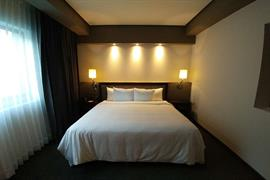 70284_007_Guestroom