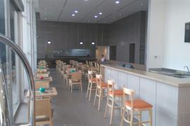 76072_000_Restaurant