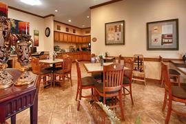 44611_004_Restaurant
