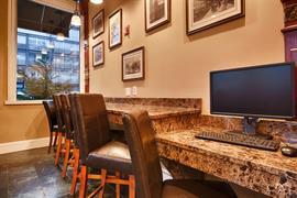 33085_004_Businesscenter