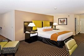 04113_007_Guestroom