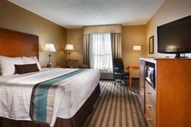 44670_001_Guestroom