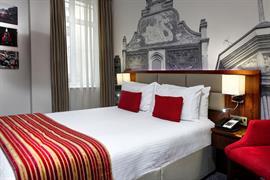 seraphine-hotel-hammersmith-bedrooms-54-83953