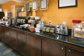 48100_004_Restaurant