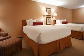 48100_007_Guestroom