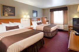 50122_002_Guestroom