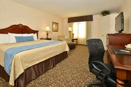 16083_005_Guestroom