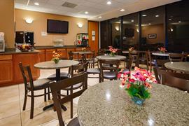34147_004_Restaurant