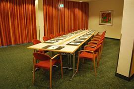 95329_006_Meetingroom
