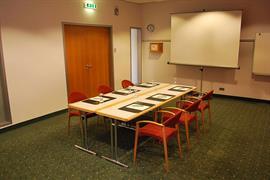 95329_007_Meetingroom