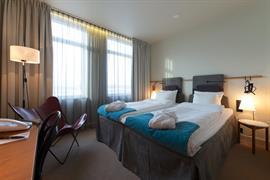 88191_002_Guestroom