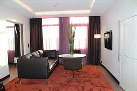 88191_004_Guestroom