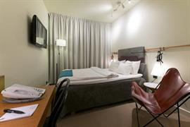 88191_005_Guestroom
