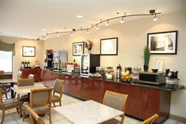 34126_007_Restaurant