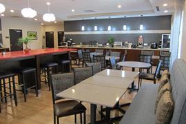 43180_002_Restaurant