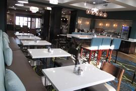 05728_005_Restaurant