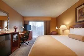 03144_007_Guestroom