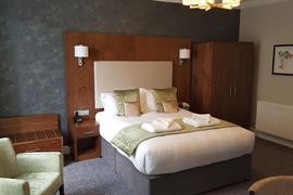 the-croft-hotel-bedrooms-02-84208
