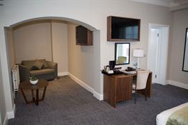 the-croft-hotel-bedrooms-05-84208