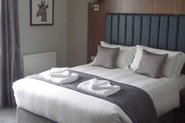 the-croft-hotel-bedrooms-09-84208