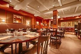 24091_007_Restaurant