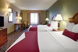 44553_005_Guestroom