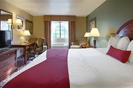 44553_006_Guestroom