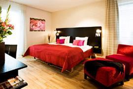 88167_005_Guestroom