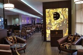 66113_007_Restaurant