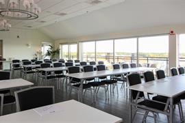 88057_004_Meetingroom