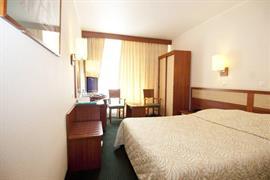 91208_007_Guestroom