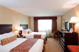 33130_004_Guestroom