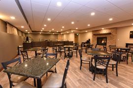 48178_004_Restaurant