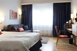 88223_005_Guestroom