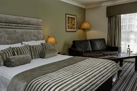 west-retford-hotel-bedrooms-12-83857
