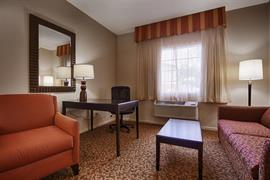 44411_006_Guestroom