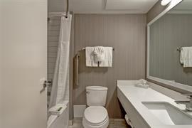61029_007_Guestroom