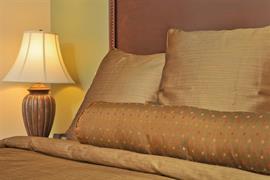 24124_006_Guestroom