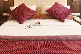 84054_007_Guestroom