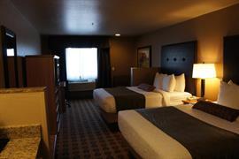 48140_004_Guestroom