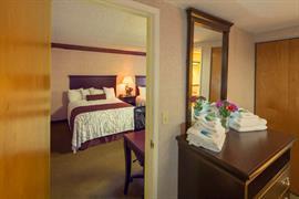 05422_004_Guestroom