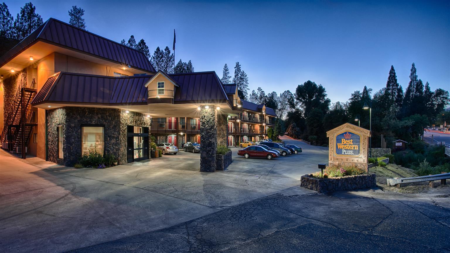 Hotel Rooms In Oakhurst Ca