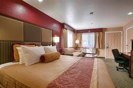 05440_005_Guestroom