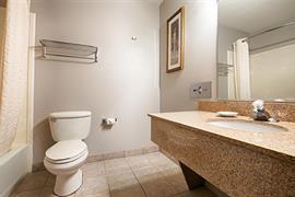 13032_005_Guestroom