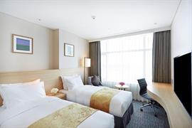 99523_004_Guestroom
