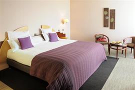 93776_001_Guestroom