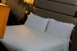 pontypool-metro-hotel-bedrooms-18-83543
