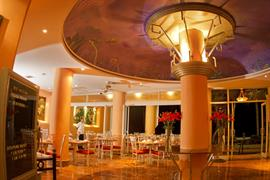 70142_005_Restaurant