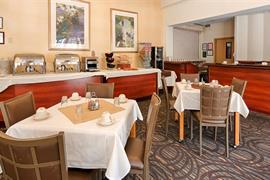 05662_005_Restaurant